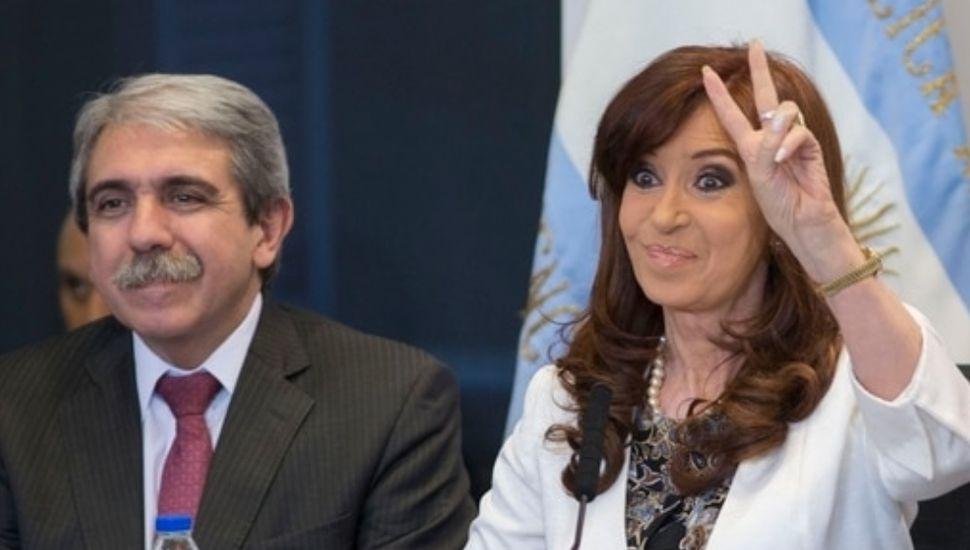 Tras casi un año de distanciamiento, Aníbal Fernández se reunió con CFK