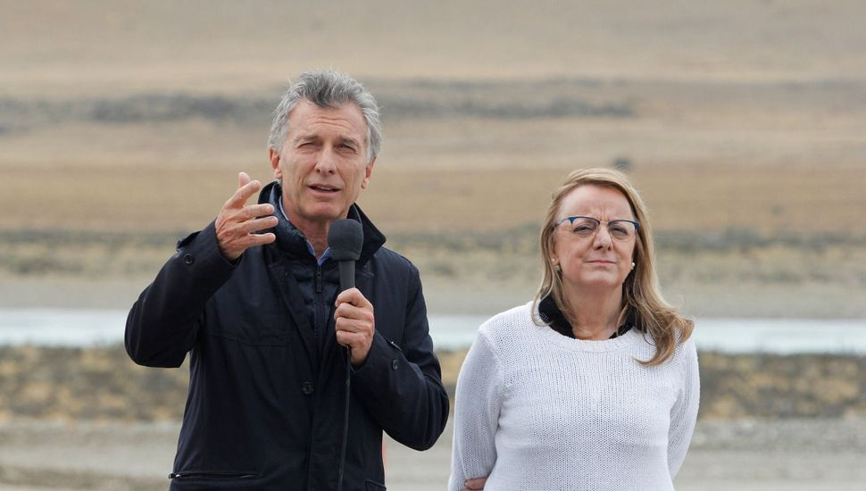 Macri, junto a Alicia Kirchner, recorrió las obras del complejo hidroeléctrico Cóndor Cliff