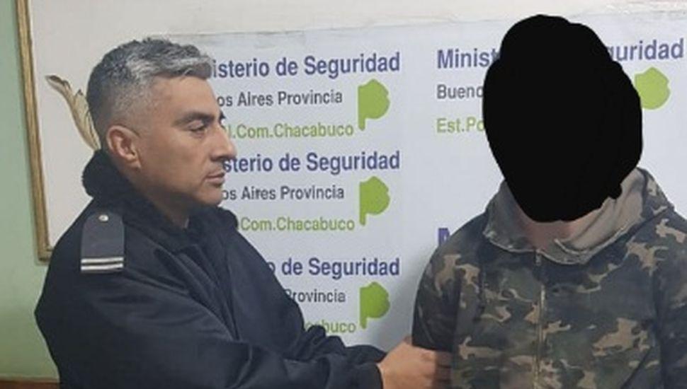 Un aprehendido por lesiones, daños y violación de domicilio en Chacabuco