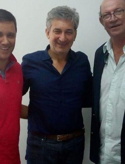 El intendente Calixto Tellechea y el secretario de Control y Monitoreo Ambiental (centro) Sergio Federovisky.