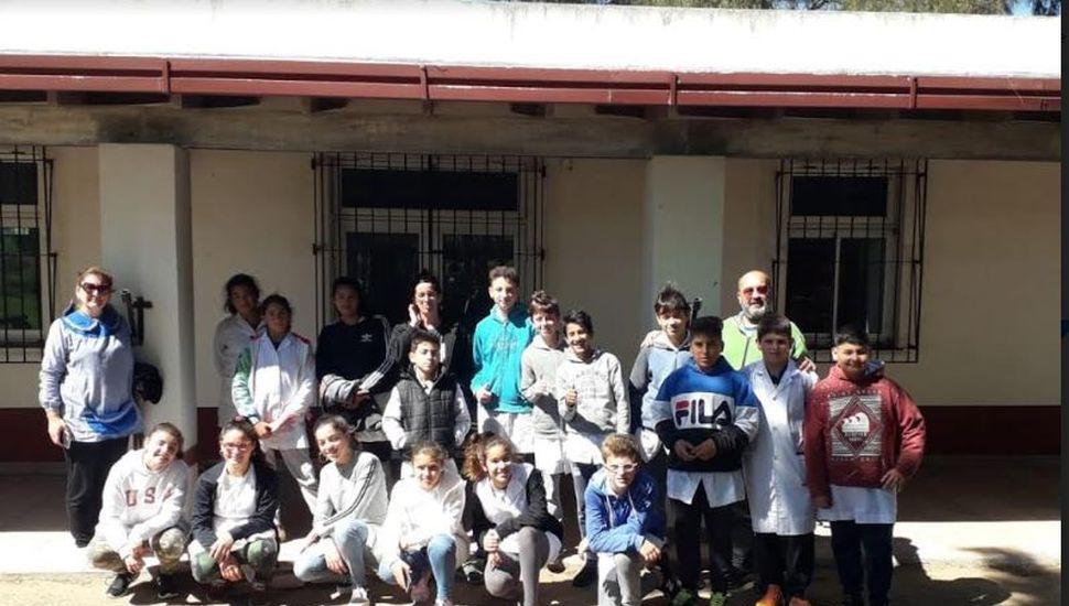 Alumnos de primer año de la E.E.S N° 4 visitaron museos de General Pinto