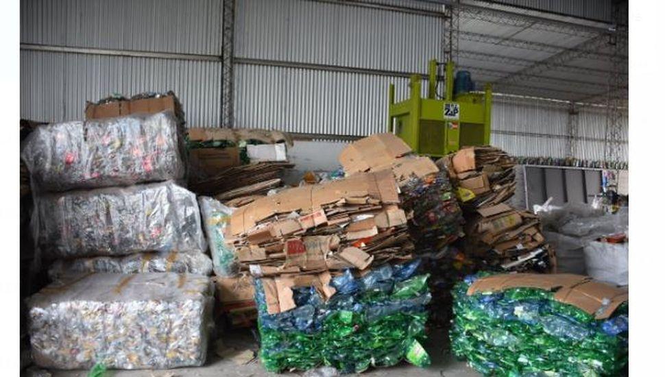 Continúa el programa de recolección y reciclaje de basura en Arenales