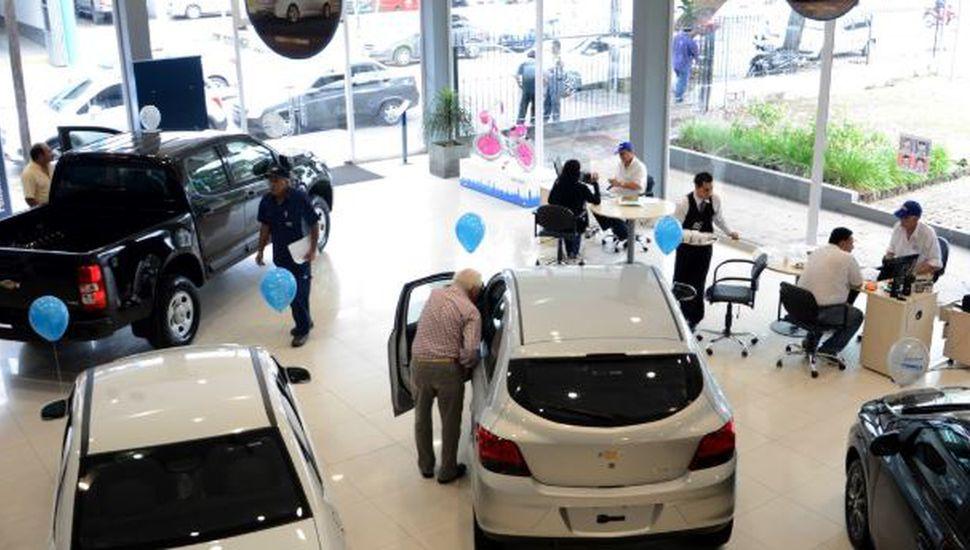 Autos: aumentos del 35% en valuaciones encareció el precio de estos trámites
