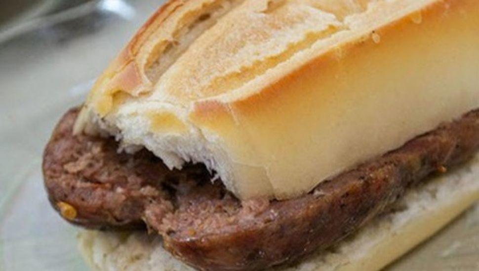 Precios del Carnavalincoln: bebidas, choripanes y sándwiches de carne