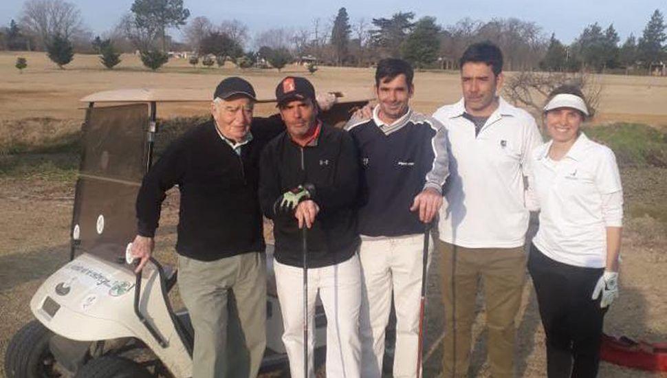 Algunos de los participantes, en el Junín Golf Club.