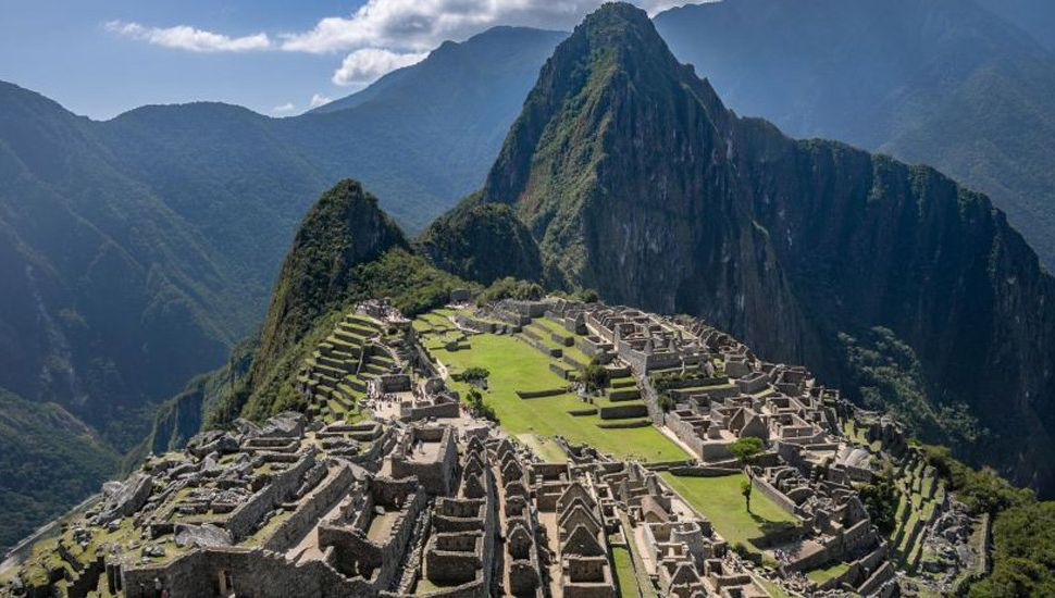 Argentinos detenidos por profanar Machu Picchu