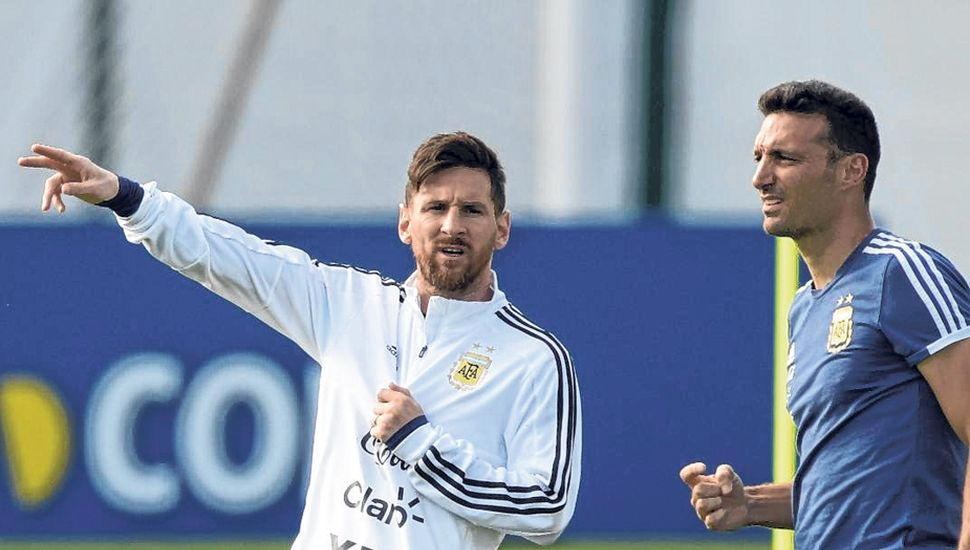 Lionel Messi y Lionel Scaloni.