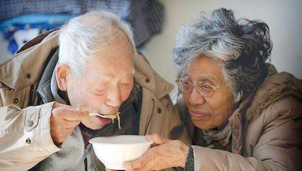 El maltrato a los adultos mayores, un flagelo que se observa en nuestra sociedad.