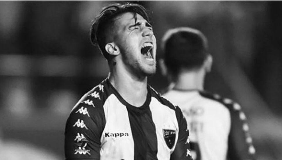 Trágica muerte de un joven futbolista argentino al caer al vacío desde un sexto piso
