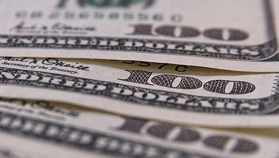 El dólar saltó a $40,83 tras un incremento de casi 70 centavos
