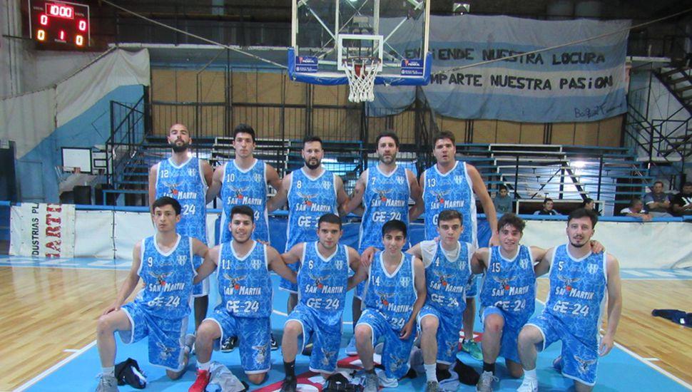Formación de mayores del club San Martín.