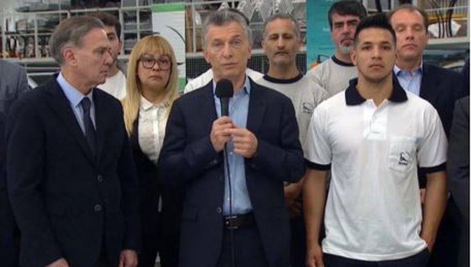 """Mauricio Macri: """"Vamos a reducir a cero las contribuciones patronales para los nuevos empleados de pymes"""""""