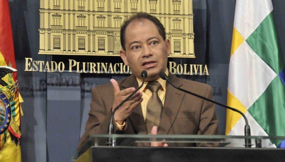 "Un ex ministro de Morales, ""huésped"" de la embajada argentina, pero no asilado"