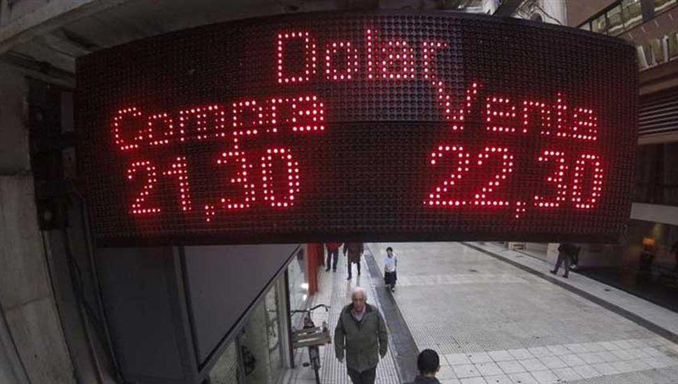 Movimiento de pinzas del Central hizo bajar el dólar