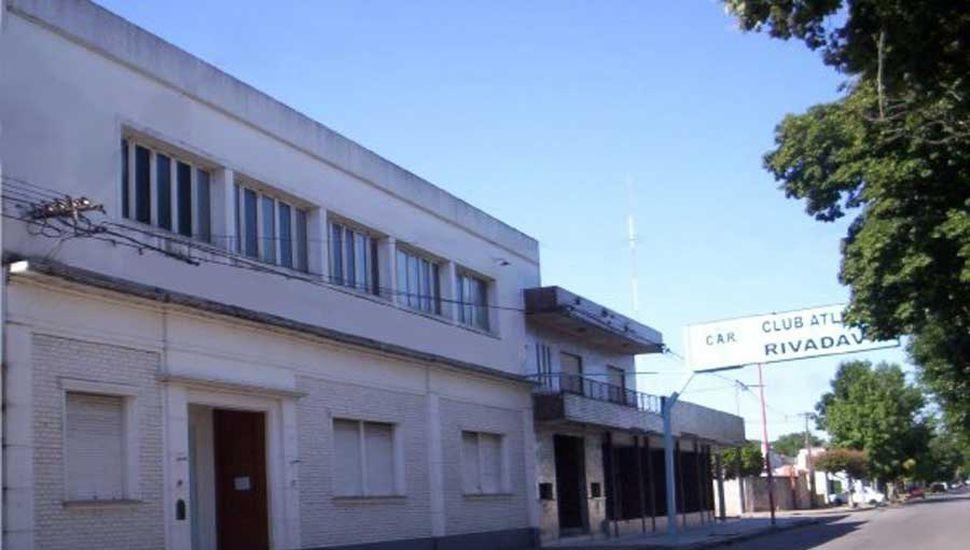 Festejo doble en el Club Rivadavia (J).