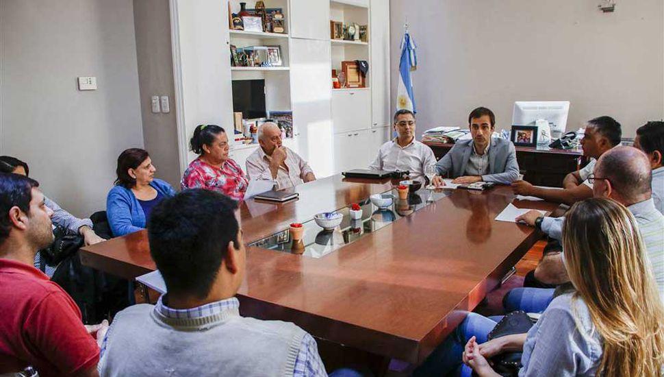 Petrecca se reunió con fomentistas para repasar las obras realizadas y los proyectos pendientes.