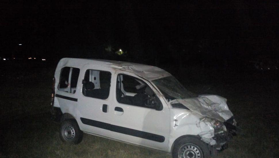 La Kangoo era conducida por la oficial de policía.