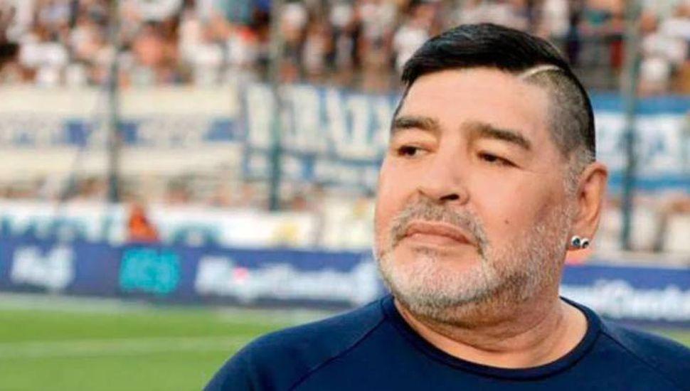 Los conflictos rodean a Maradona