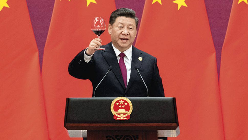 China cumple 70 años y busca ser primera potencia