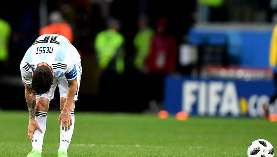 Argentina fue goleada por Croacia y espera por un milagro