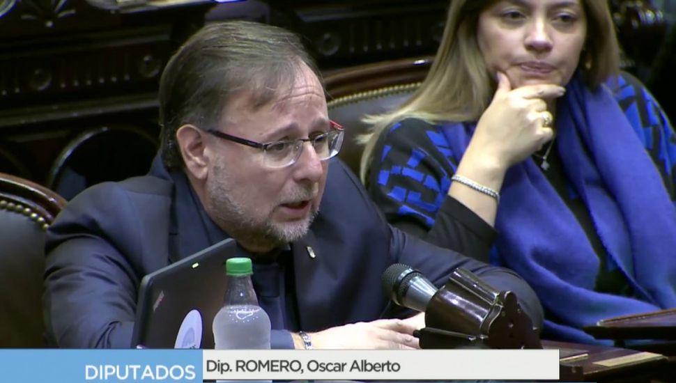 """Romero en la sesión contra De Vido: """"El peronismo no está vinculado a la corrupción"""""""