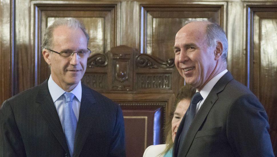 El nuevo presidente de la Corte Suprema, Carlos Rosenkrantz junto al saliente Ricardo Lorenzetti