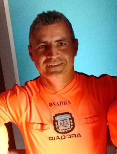 Jorge Barragán, el árbitro fue agredido en el partido entre Defensa y River.