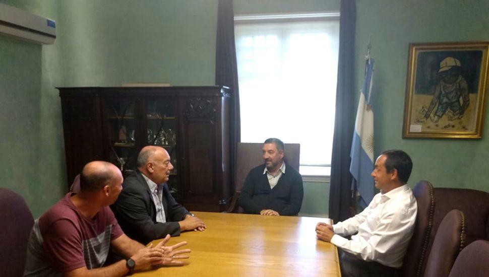 Julián Aiub, Miguel Chami, Guillermo Tamarit y Juan Pablo Itoiz en la reunión llevada a cabo en la Unnoba.
