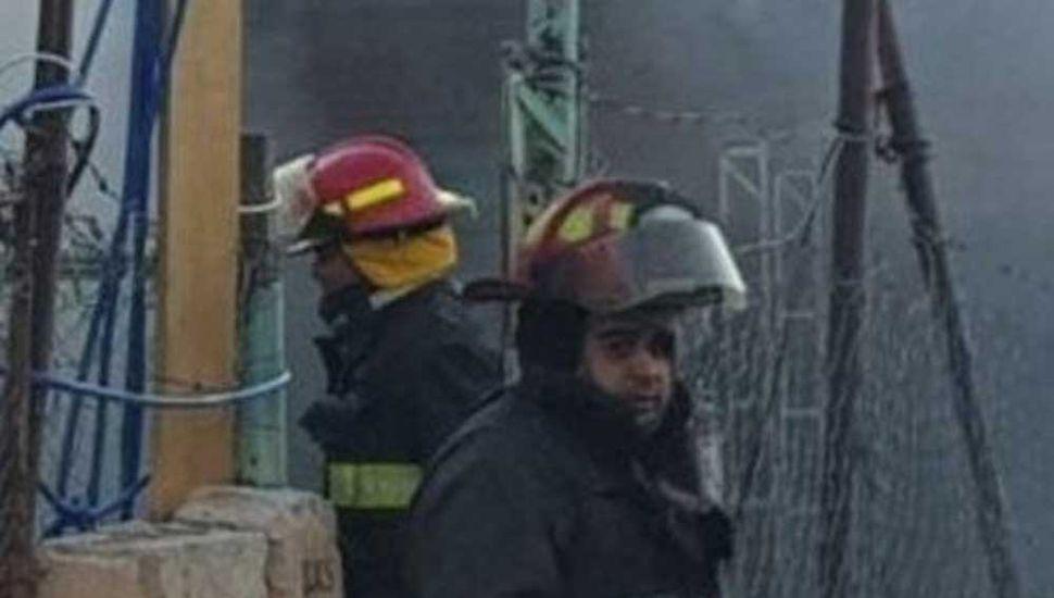 Una familia destruida por el fuego:  3 muertos y 7 hermanitos quemados