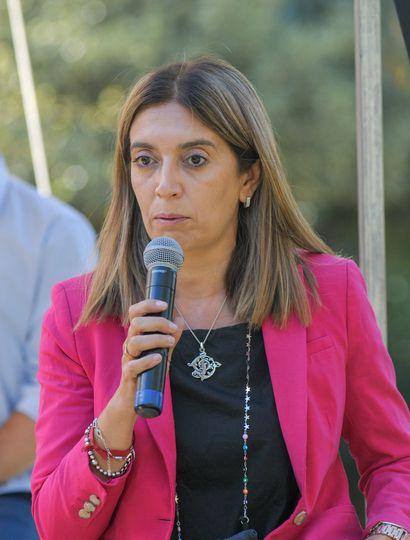 Danya Tavela acompaña en la fórmula a Gustavo Posse.