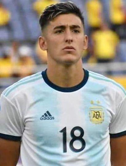 Gastón Togni con la camiseta de la Selección Nacional Sub-23 que lució el año pasado.