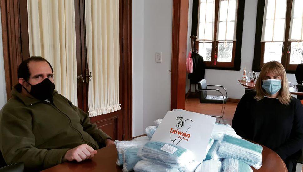 Arenales recibió insumos para el personal de salud