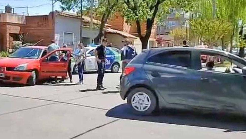 El siniestro vial registrado en Mayor Orellanos y Álvarez Rodríguez terminó motivando la repudiable agresión al periodista Fernando Bongiorno.