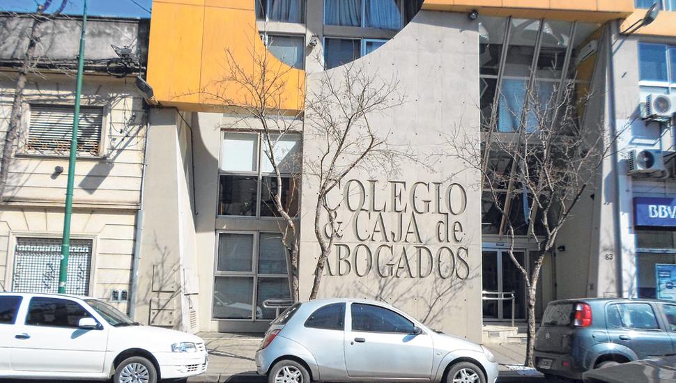 Frente del Colegio de Abogados en Junín.