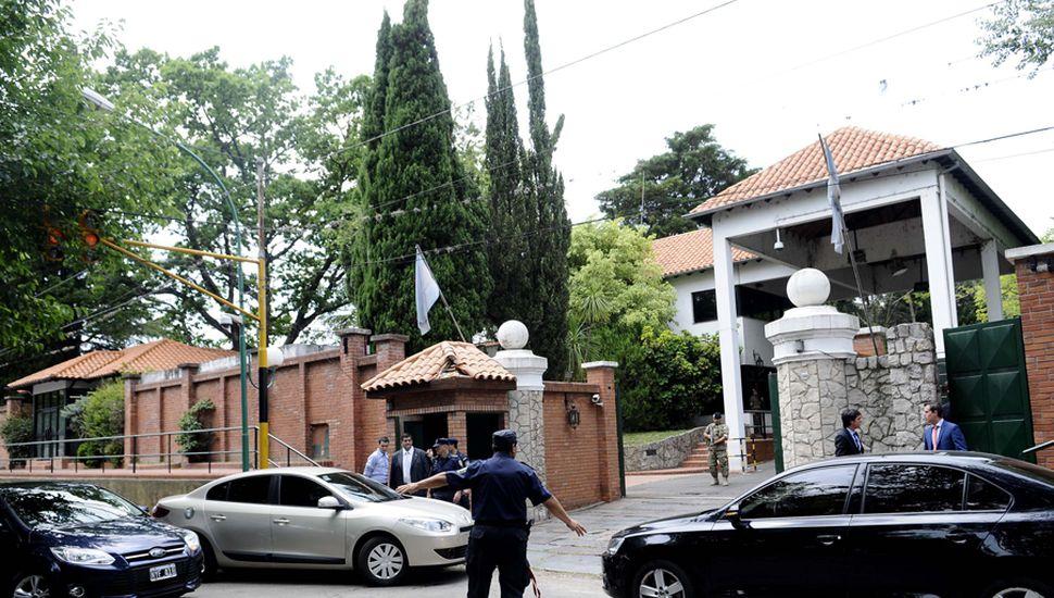 La Quinta de Olivos fue escenario de permanentes reuniones que mantuvo Mauricio Macri con sus colaboradores, para definir un paquete de medidas económicas y fiscales.