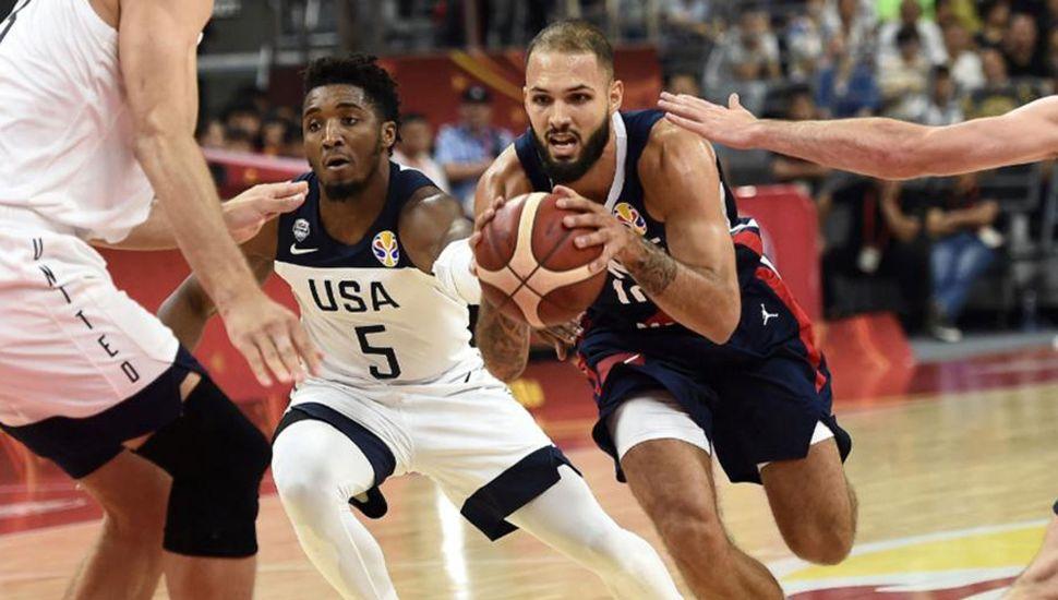 Francia sigue su marcha, eliminó a Estados Unidos y mañana enfrentará a la Argentina en una de las semifinales del mundial de básquet, China 2019.