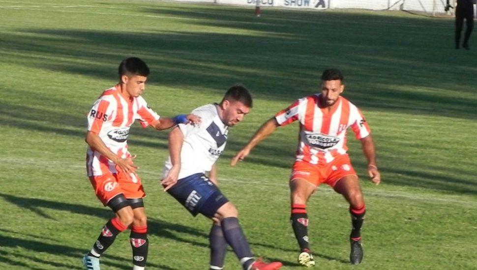Villa viene de perder por 3 a 2 en su visita a Colonial de Ferré.