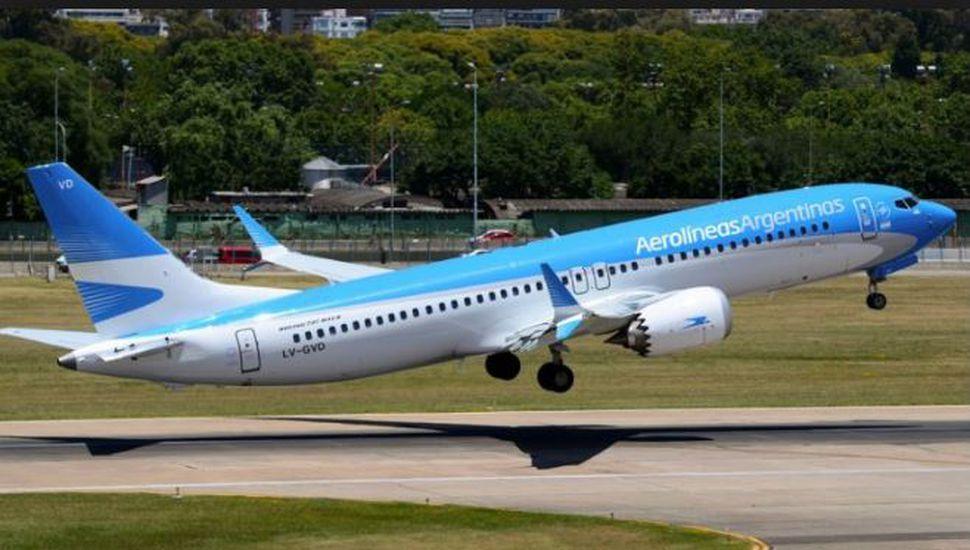 Paro del 30 abril: Latam y Jetsmart se suman a Aerolíneas Argentinas y cancelan sus vuelos