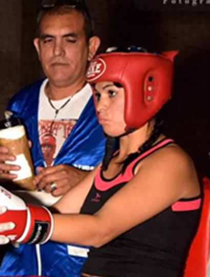 Ludmila Olguín combate esta noche en Lobos.