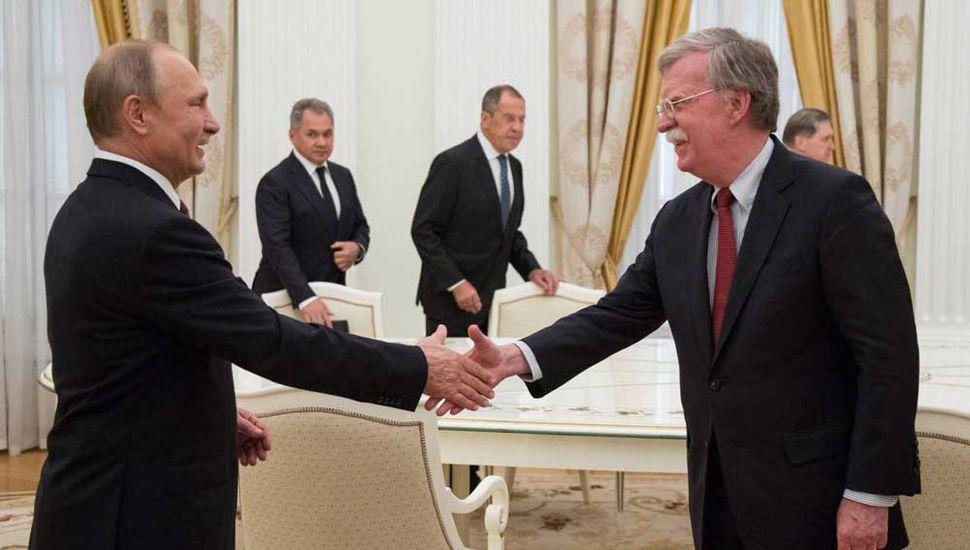 Putin y Trump se reunirán en breve y hoy anunciarán dónde