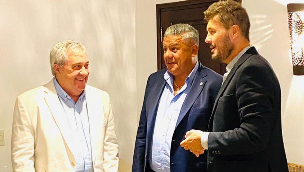 Ameal, Tapia y Tinelli, dirigentes del fútbol argentino.