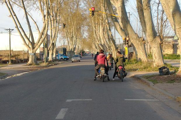 La avenida Intendente de la Sota es una arteria muy transitada, pero después de las 18 baja mucho el movimiento allí.