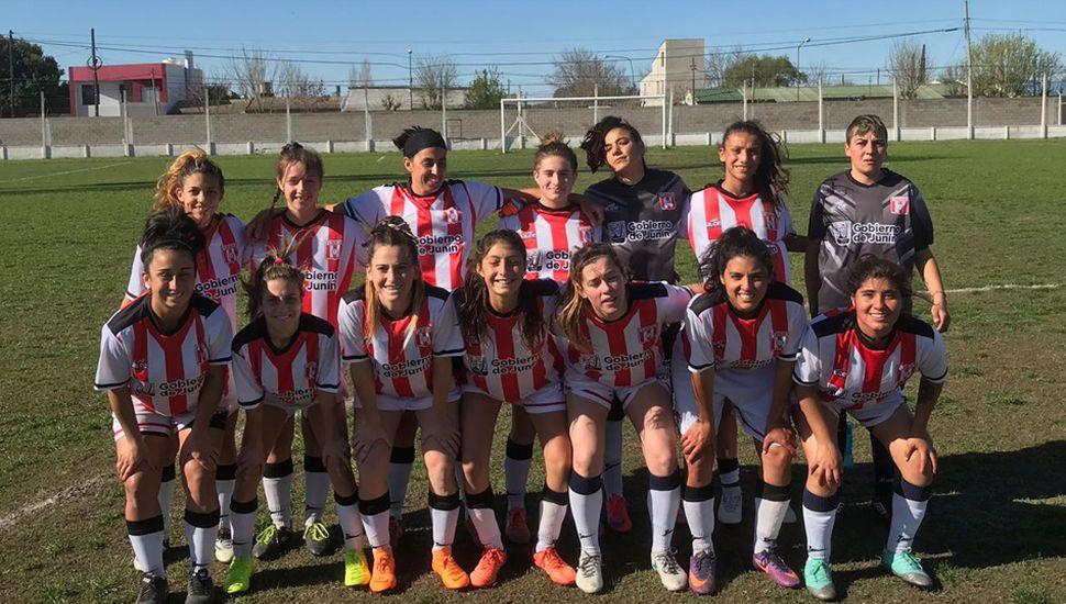 El seleccionado de fútbol femenino mayor de la Liga Deportiva del Oeste empató ayer con el de Chacabuco y las de nuestra ciudad quedaron eliminadas del Provincial 2019.