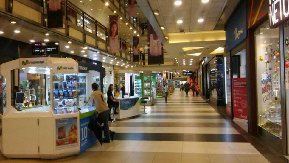 Se desplomaron las ventas en supermercados y shoppings