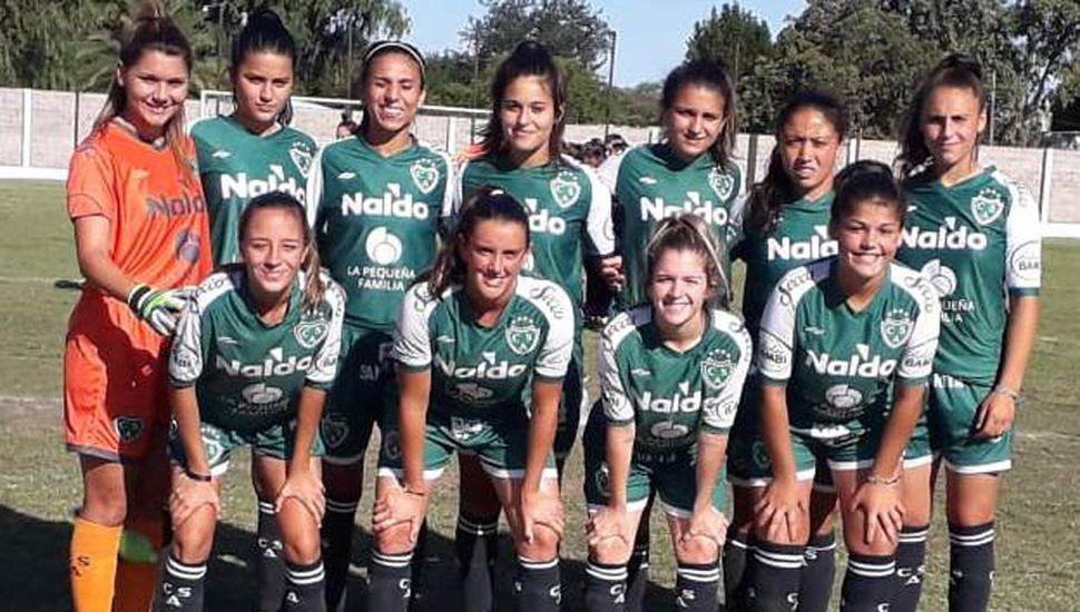 Las titulares que presentó ayer para vencer como visitantes a Lima FC el equipo de primera división femenino de Sarmiento de Junín.