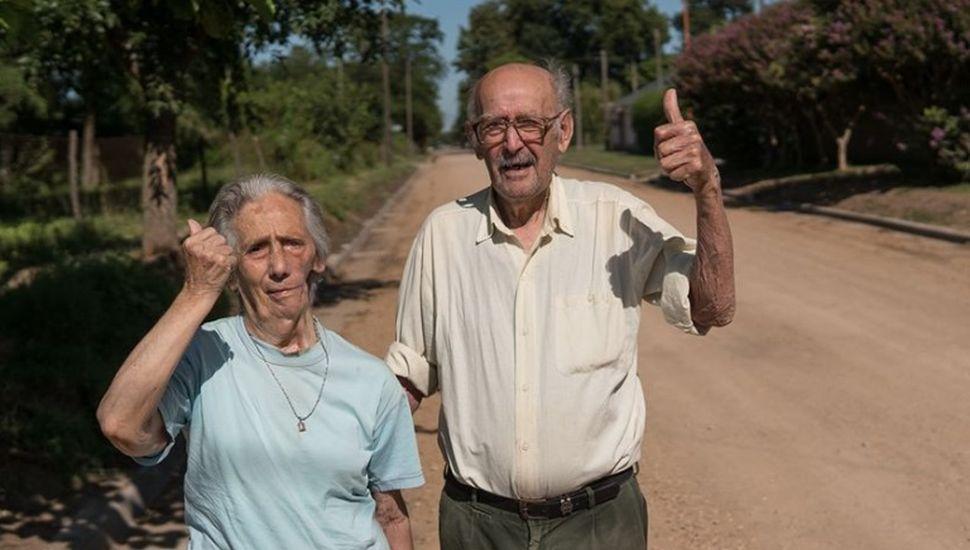 Vivieron toda su vida en calle de tierra y hoy celebran el estabilizado