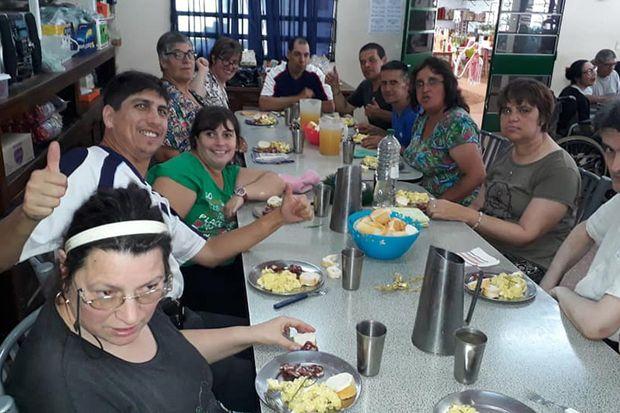 Taller Protegido: El instituto llevó a cabo su almuerzo de fin de año.