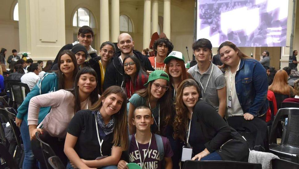 Los jóvenes debatieron durante ocho horas ininterrumpidas en La Plata.
