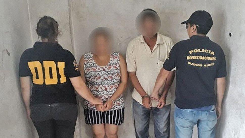 Detuvieron a la madre y al padrastro de la menor, y también al propietario de la vivienda.