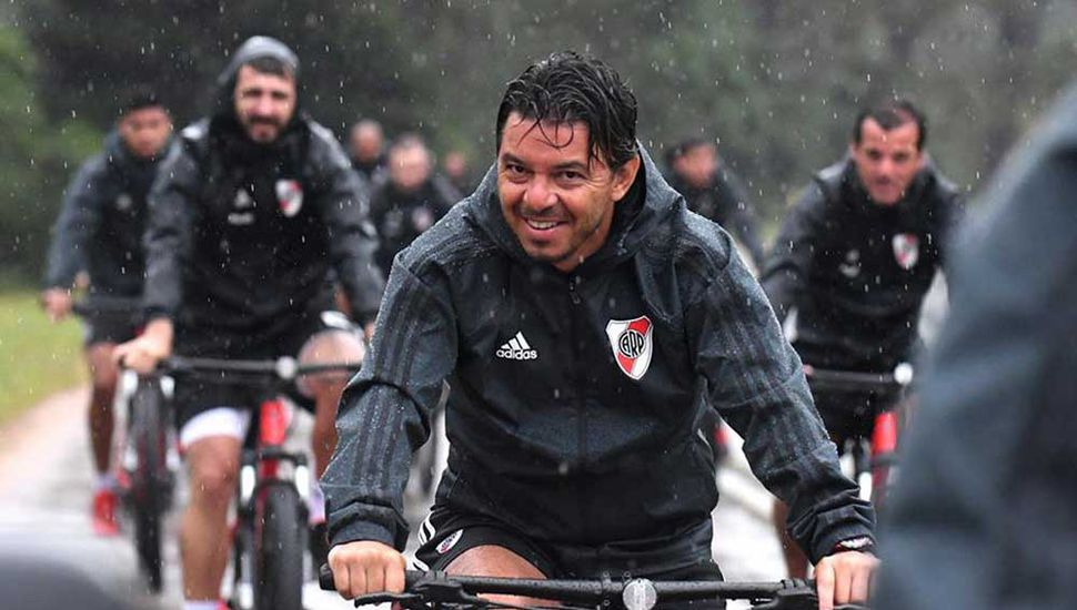 Marcelo Gallardo se sumó a los trabajos del plantel.
